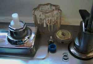 100311_faucet.jpg